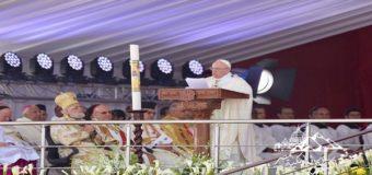 كلمة قداسة البابا فرنسيس فى القداس الإلهي في إستاد الدفاع الجوي في القاهرة