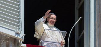 البابا فرنسيس: لتنل لنا العذراء مريم إيمانًا قويًّا مفعمًا بالمحبّة