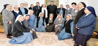 اللقاء الشهرى للاخوات الراهبات بالمنيا