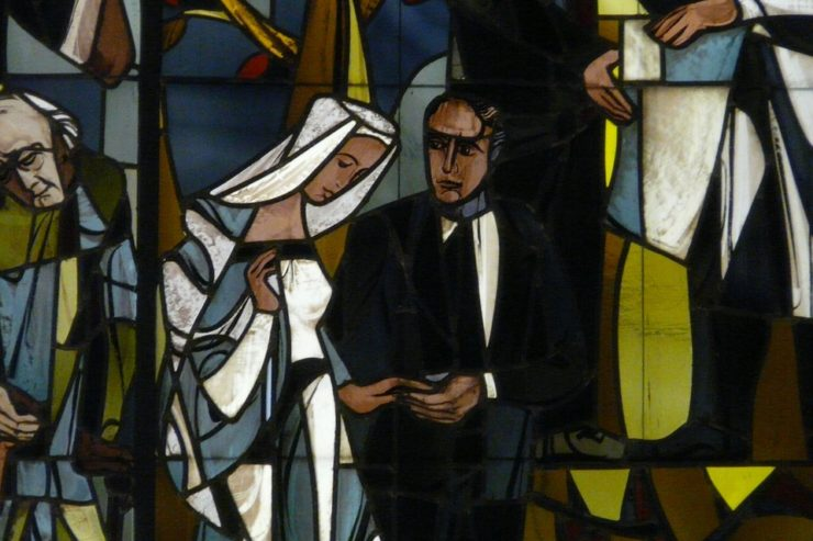 stained-glass-11466_960_720-740x4931